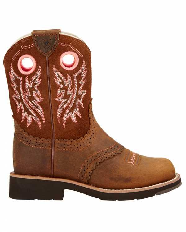 58f9f4bc4 Лучшие бренды детской обуви борются за внимание покупателей. И вновь  лидирует «Скороход», предлагая не только легкую и теплую ...