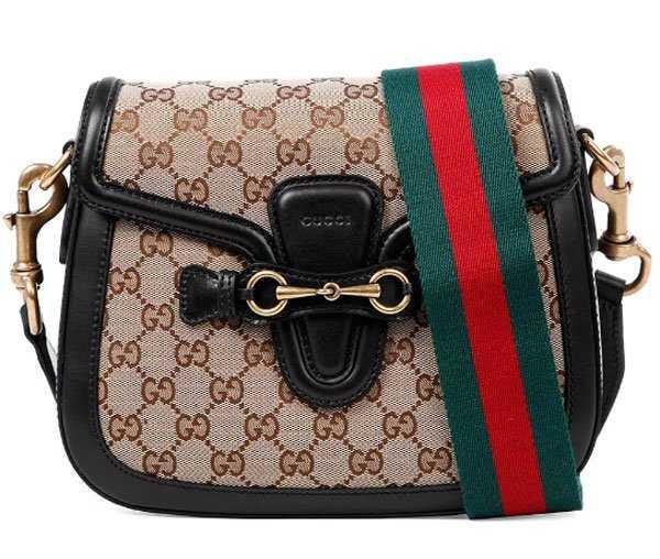 2b9daa0348c6 Женские сумки бренда – это настоящая классика и непревзойденное качество  для истинных ценителей. Модные клатчи, мешки, кросс-боди и другие  представлены ...