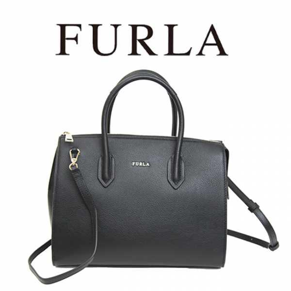09b89c729bda ... который уже тогда осознавал, что женщинам нужна не только модная одежда  и обувь, но и красивые аксессуары. Сегодня марка Furla ...