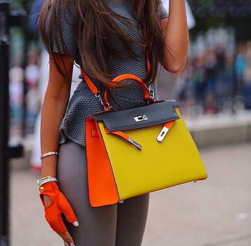 8f67267929d8 К тому же такие сумки долгое время остаются популярными. Сумочки именитых  модельеров – это стильно, престижно и не поддается времени.